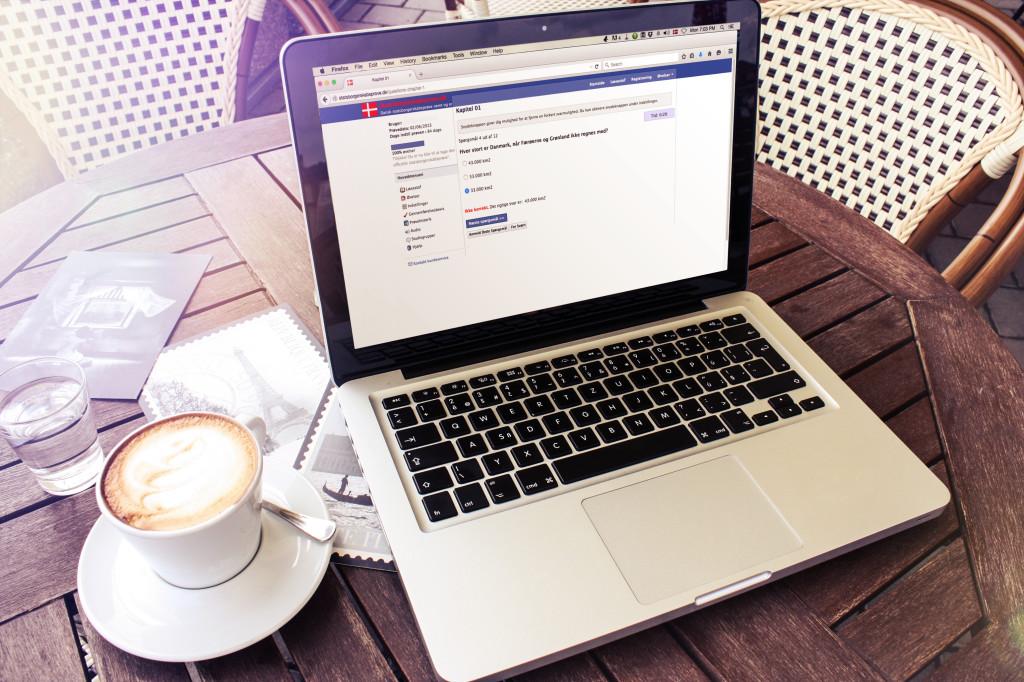 Er du klar til statsborgerskabsprøven? Dette online træningsprogram hjælper dig med at bestå det.